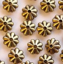 Gold Plated Beads 7mm Flat Flower - 20